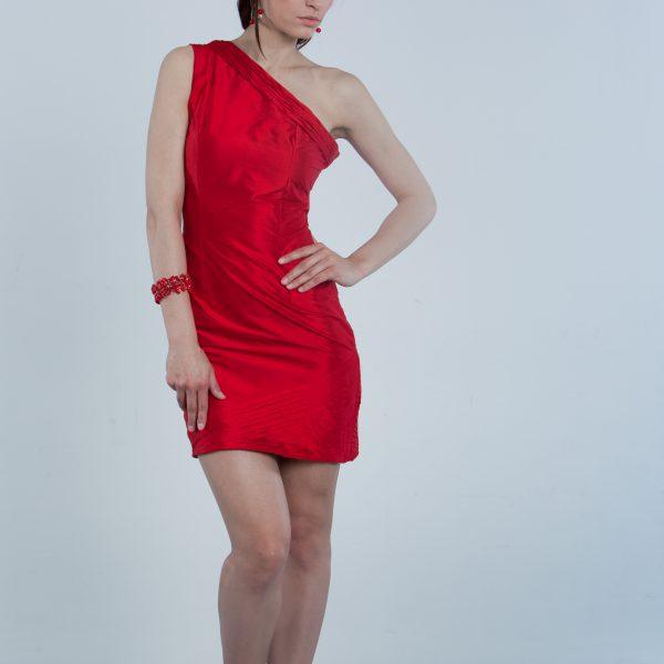 Red elegante coctail dress